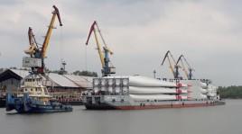 Новый груз в Усть-Донецком порту.